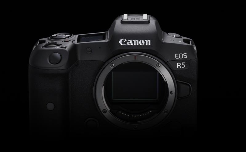 Canon_eos_R5_face.jpg