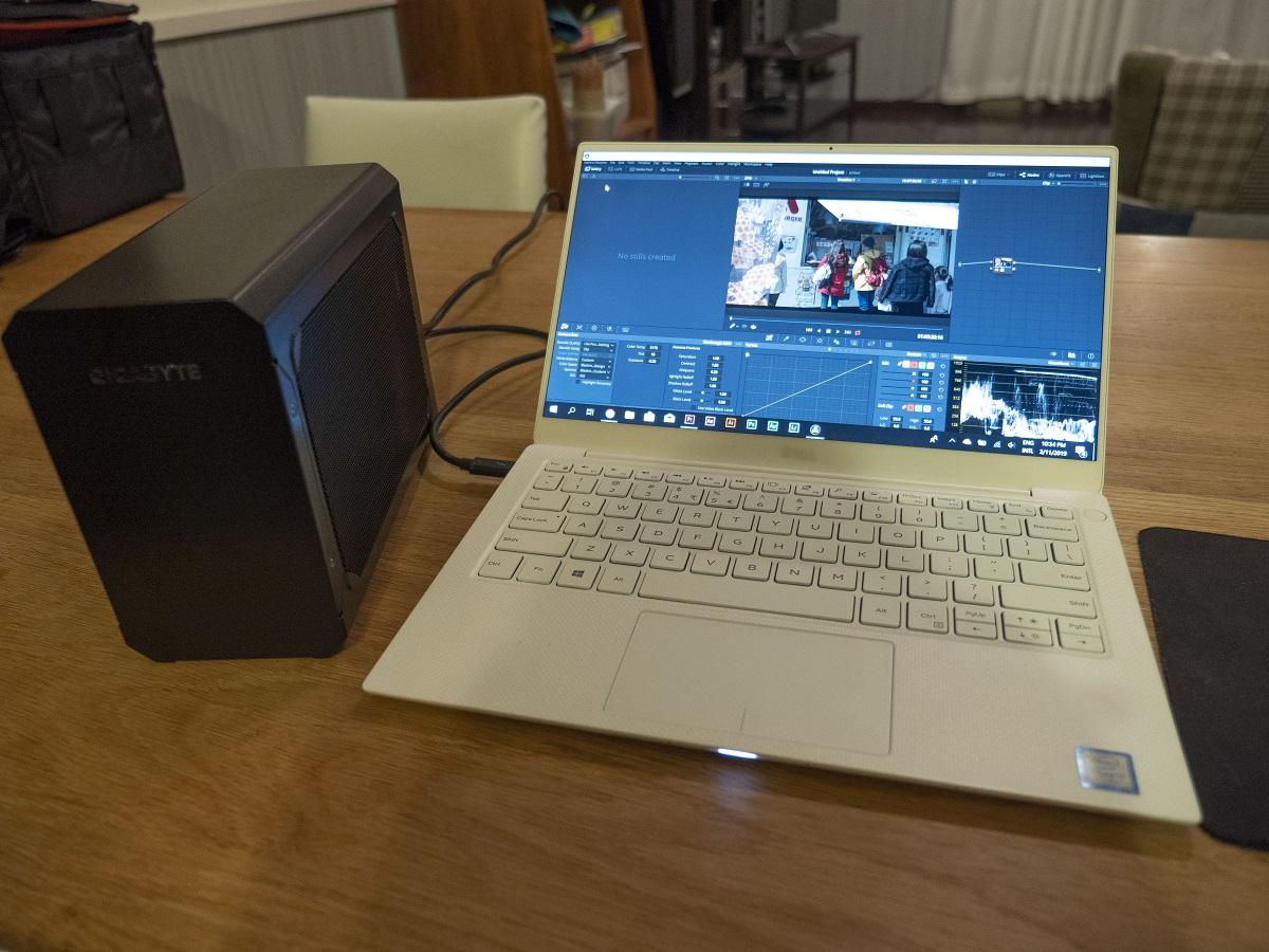 eGPU&Laptop.jpg