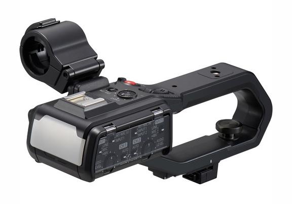 Panasonic_AG-CX10_poignee.jpg