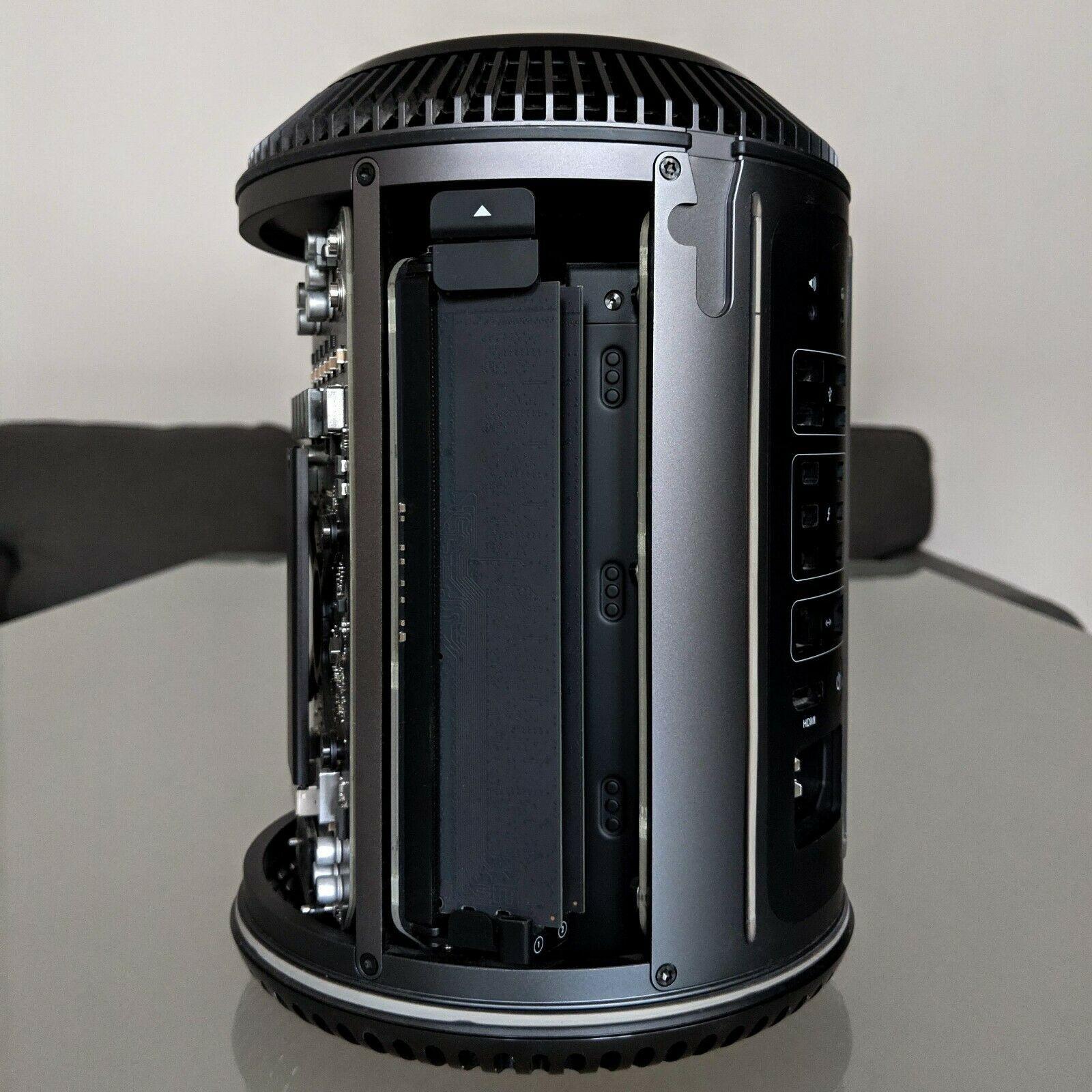 Mac Pro 2013 12 cores Intel Xeon @  2,7Ghz 64Go de Ram - 512Go SSD - AMD FirePro D500 x 2