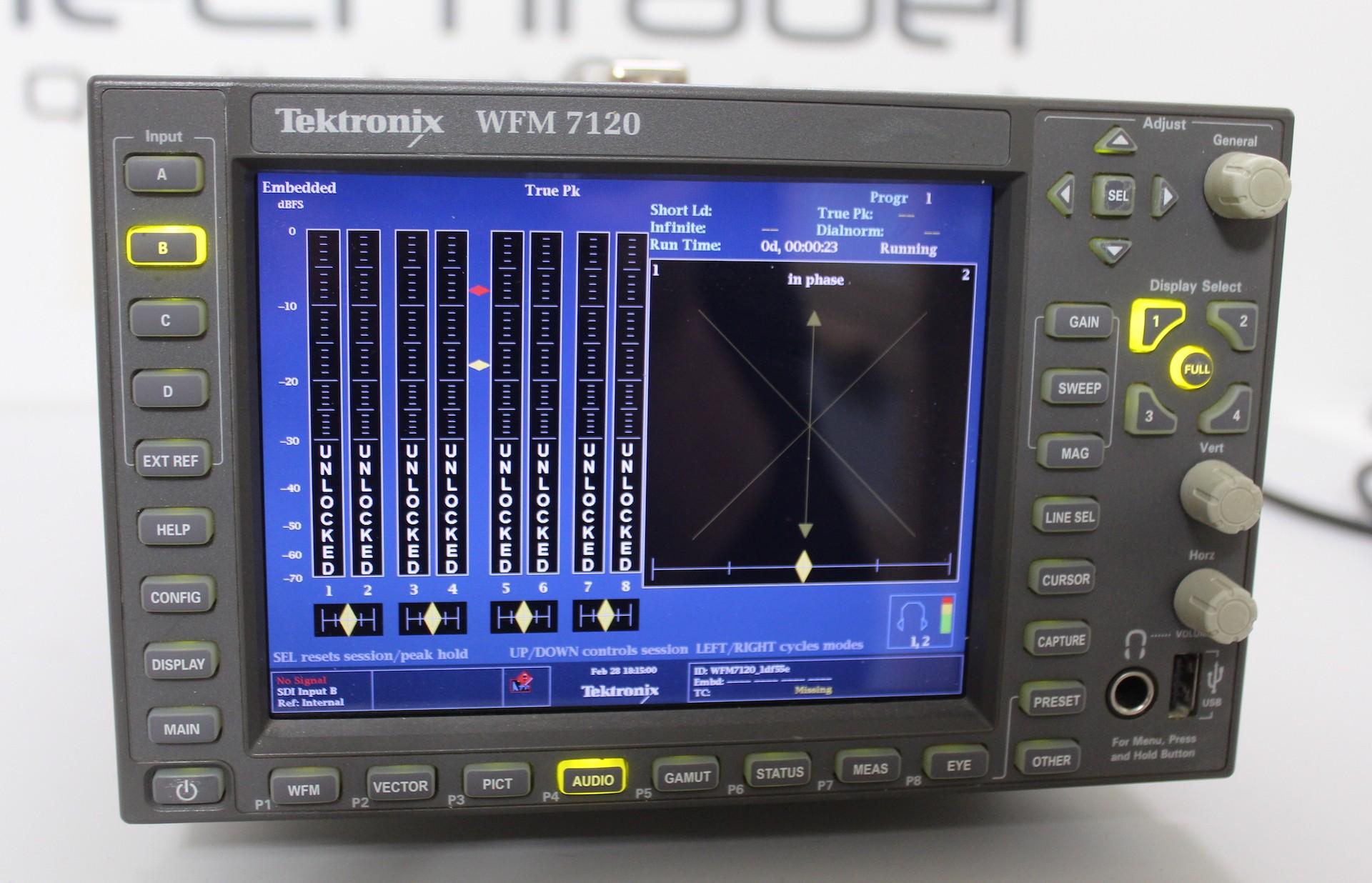 Analysuer video multi formats Tektronix WFM 7120