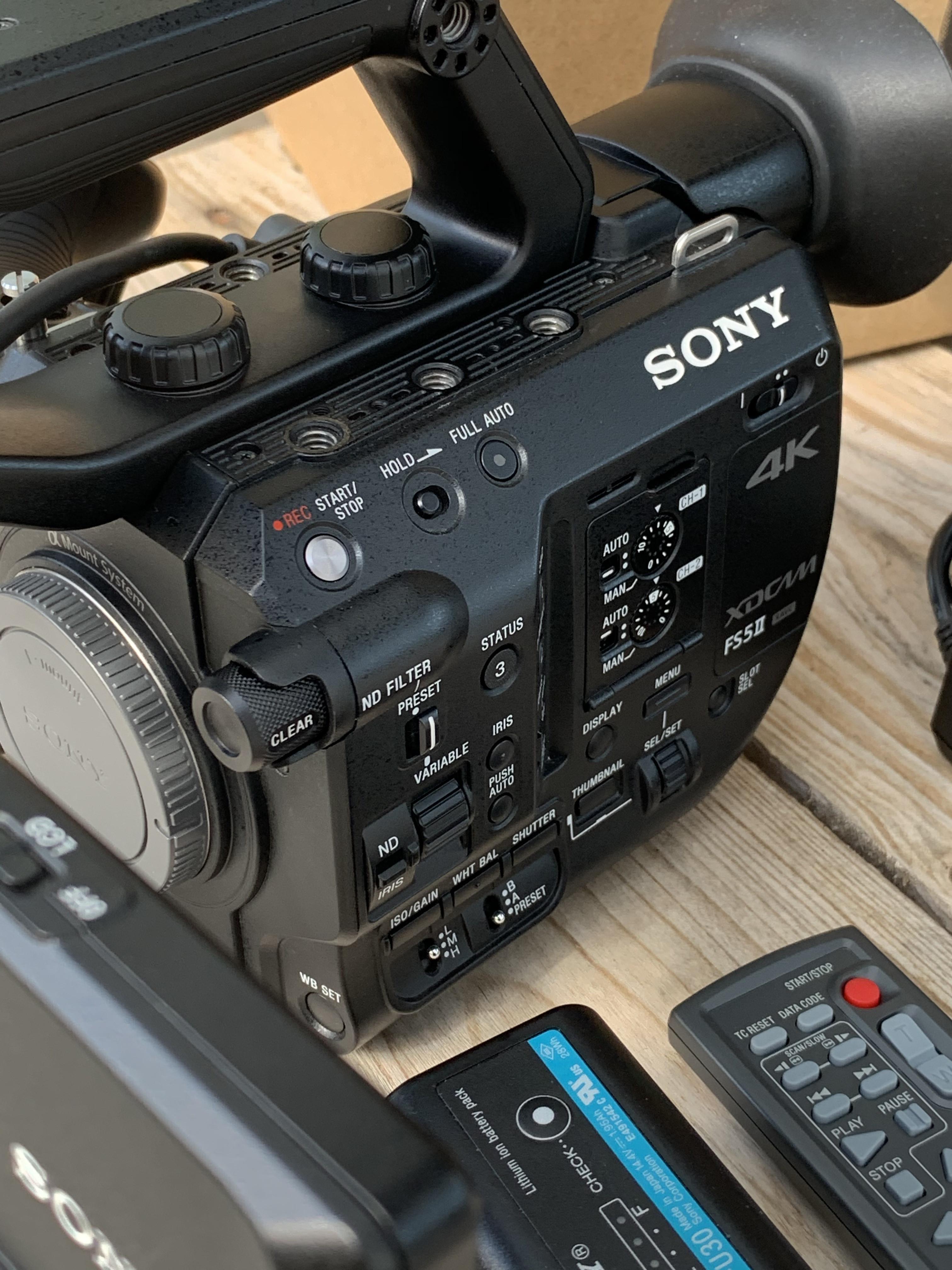 SONY FS5 Mark II - Sous Garantie
