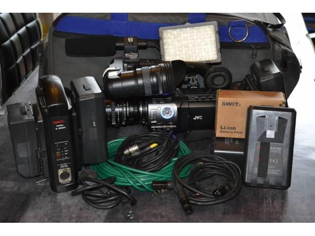 JVC GY-HM700 + accessoires