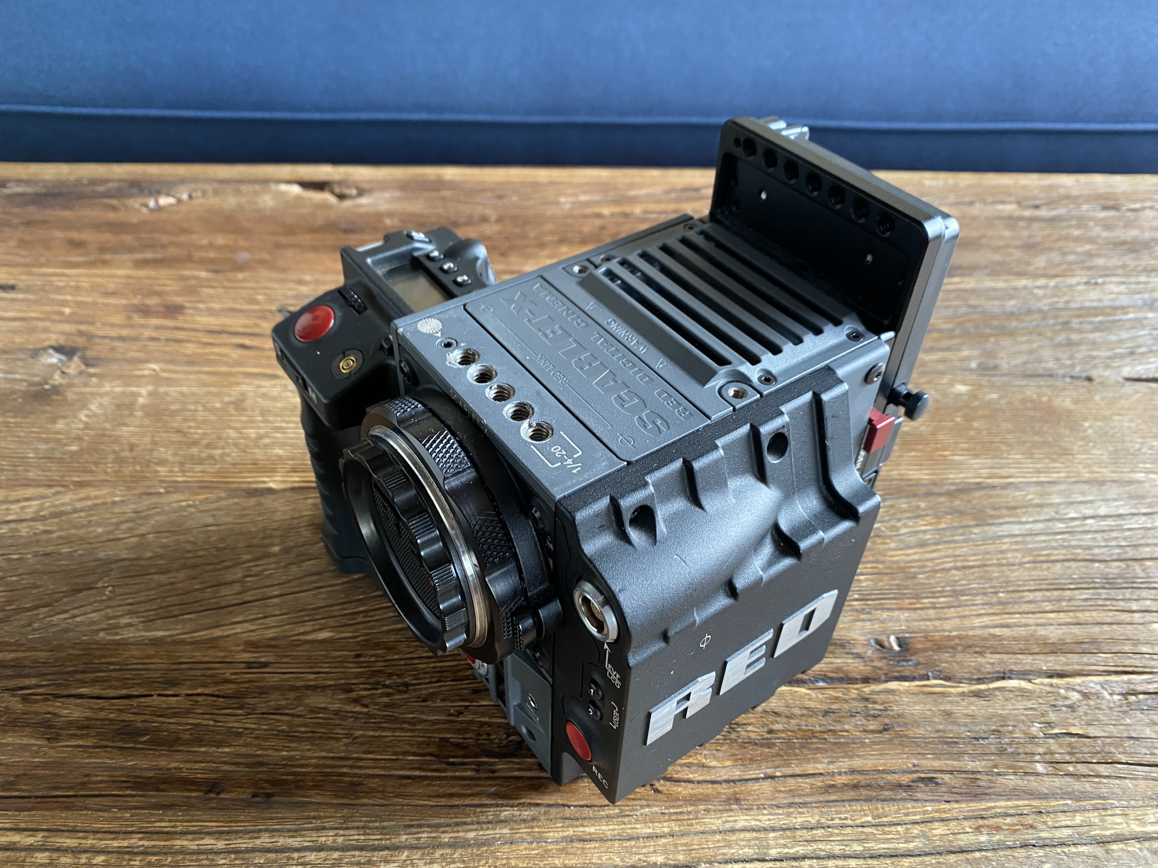 Red Scarlet Mysterium -X