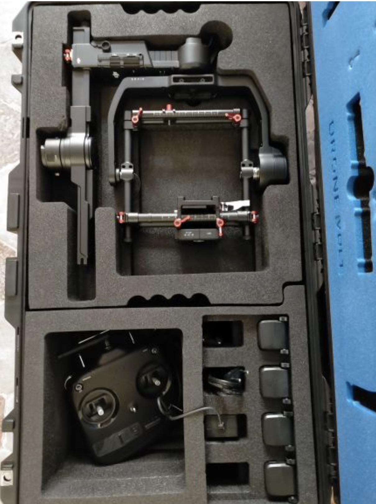 NEUF: Drone dji m600 pro + stabilisateur image ronin + flying case + batteries en supplement
