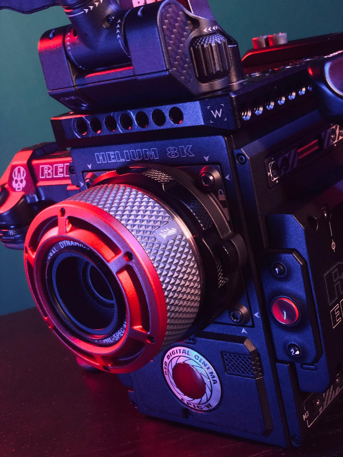 Pack RED Camera Epic-W Helium 8k + Accessoires