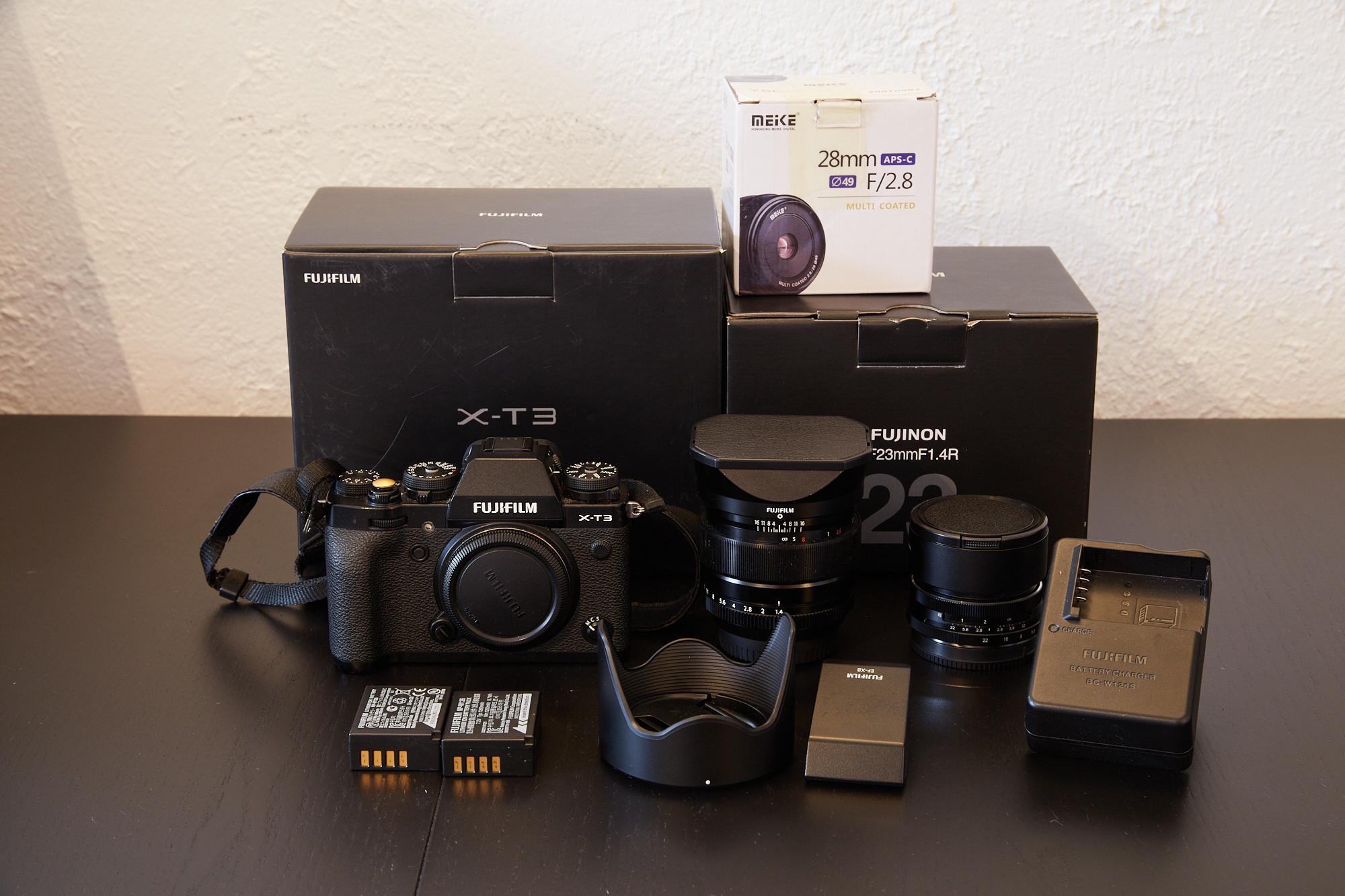 Fuji X-T3 + Fuji 23mm f/1.4 + accesoires