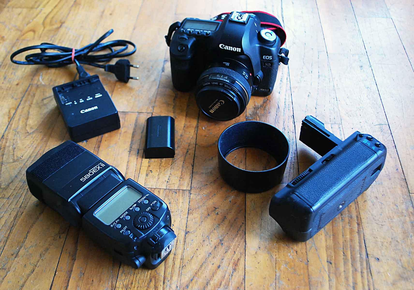 Canon 5D MARK II + accessoires