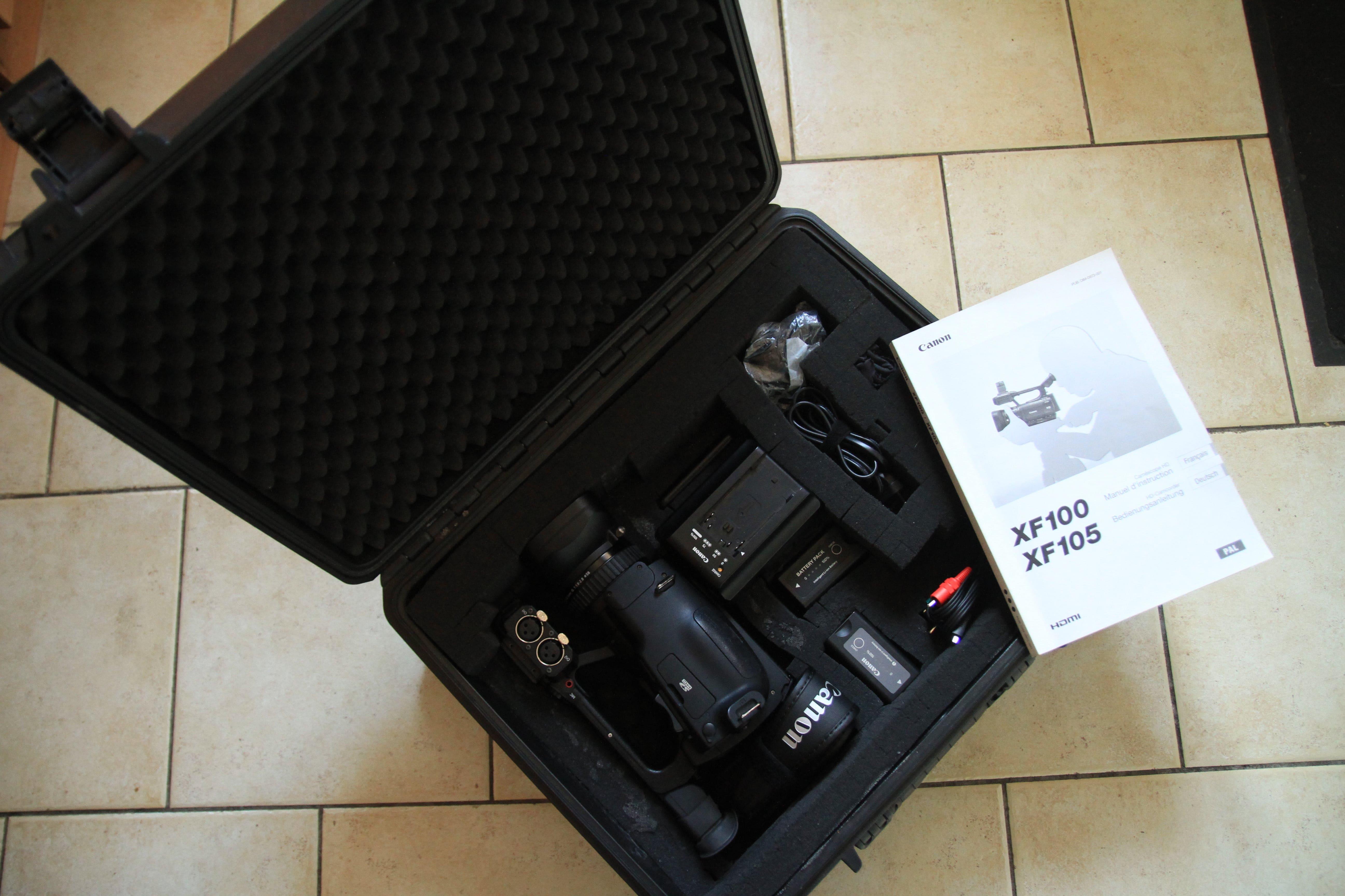 KIT de 3 Camescopes CANON XF100 (années 2013/2015/2015) + Accessoires