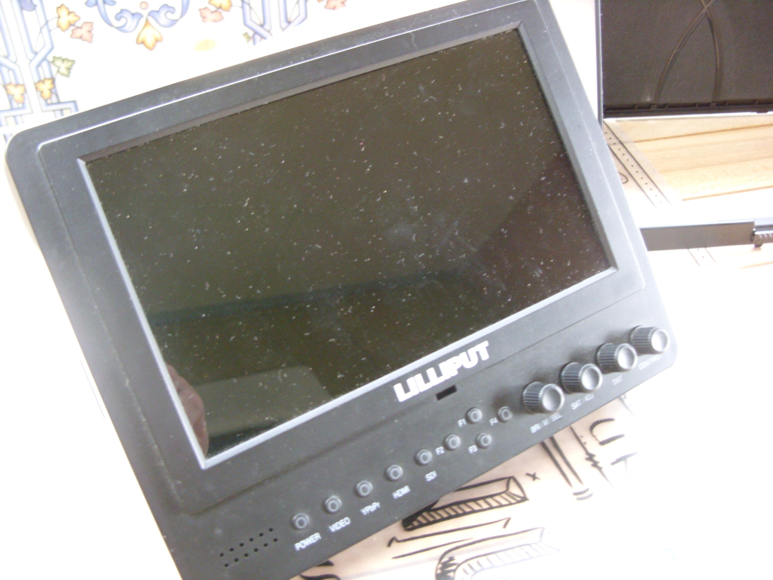 """LILLIPUT 7"""" HD"""