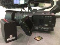 Caméra JVC 4K GY-HM200
