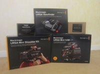 Blackmagic ursa mini 4.6K (neuve) + accessoires + cartes mémoires