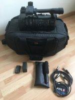 Caméra semi-professionnelle AX2000E