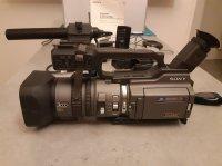 Camescope DVCAM Sony DSR PD 150 + Accessoires + Sac LOWEPRO