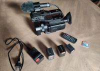 Caméra Sony PXW X70, micro ECM-MS2 et accessoires