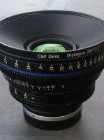 zeiss cp2 28mm monture ef