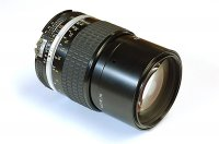 Objectif Nikon Nikkor 135mm f.2.8