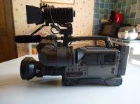 Caméra Sony DSR 250 P avec divers accessoires
