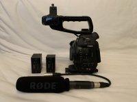 Caméra Canon C100 mk1+ Micro Rode + Objectifs Canon