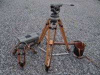 Enesemble tête giroscopique/pieds caméra cinéma