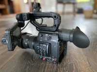 Canon EOS C200 EF + 24-105mm