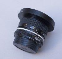 Objectif Nikon 28 mm F2,8