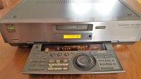 Magnétoscope SONY EVS 9000B équipé pour le transfert numérique des cassettes Vidéo8 et HI8.